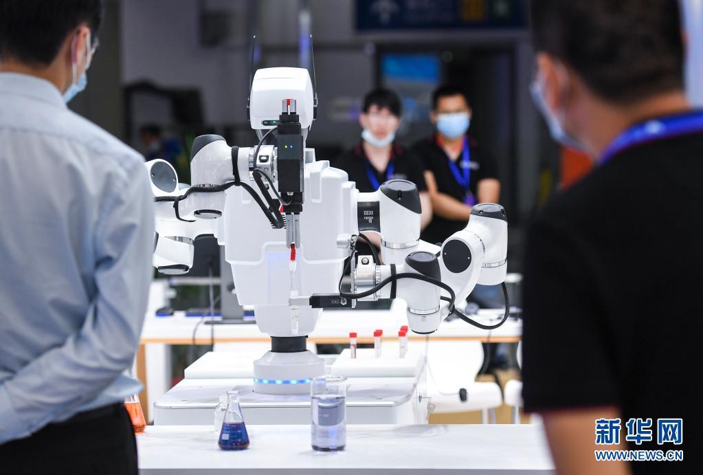 第十九届中国国际人才交流大会在深圳举行[组图]