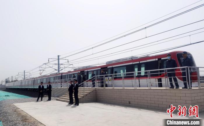 """河北京车""""智造""""地铁""""开往""""浙江绍兴"""