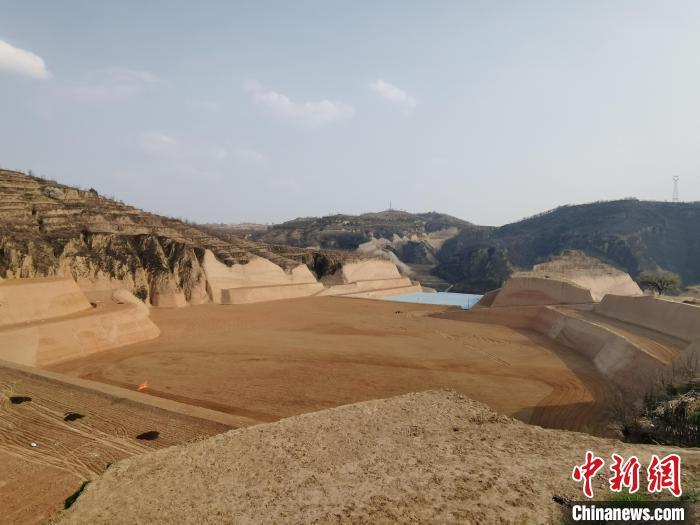 除白家塔村外,柳林县沿黄村庄的红枣产业发展各具特色。 柳林县融媒体中心供图 摄