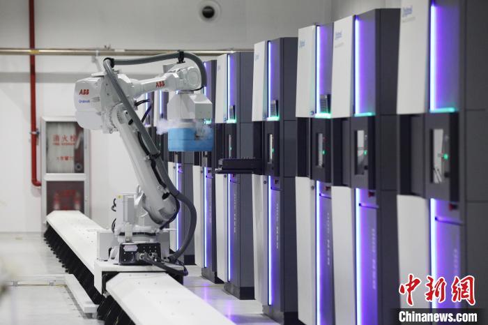 原能细胞和上海电信携手打造全国首个无人值守全自动5G细胞示范库。