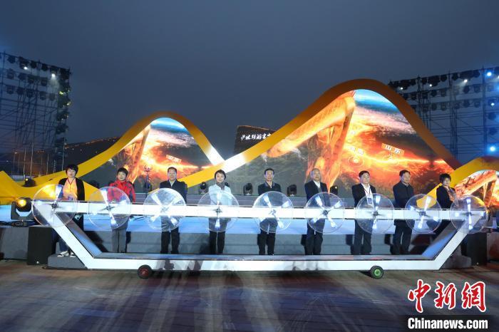 2021中国宁夏第十一届丝绸之路大漠黄河国际旅游节启幕