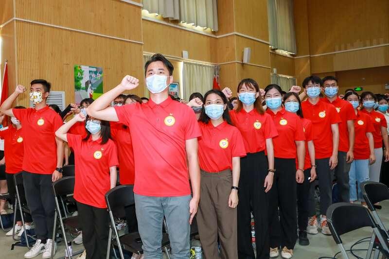 出征!广东逾1500名大学生志愿者赴西部(山区)服务